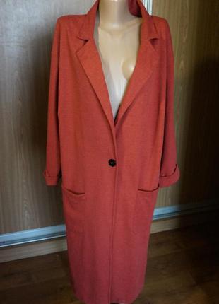 Класснейшее легкое пальто/кардиган терракотового цвета