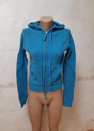 Кофта свитер с капюшоном benetton. разм.s.