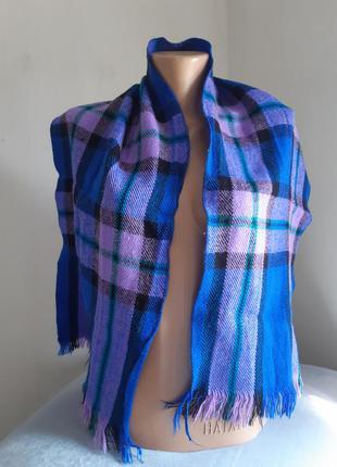 Синий клетчатый шарф