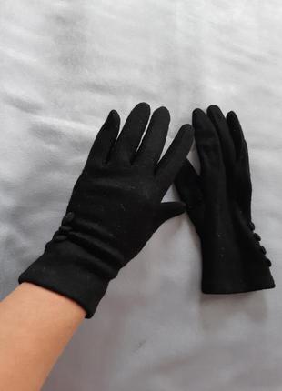 Шерстяные чёрные перчатки