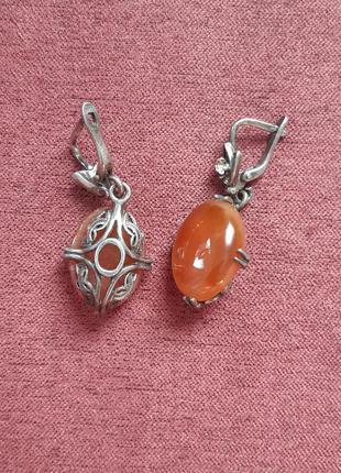 Серебрянные серьги с натуральным камнем сердолик