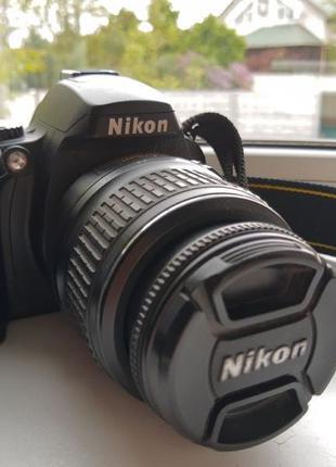 Nikon d40 kit 18-55 (зеркальный фотоаппарат, НЕ canon) 27тыс. кад