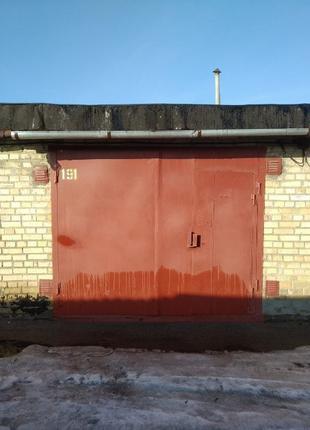 Продам гараж с подвалом гск Олимпиец г. Киев ул Победы окружная