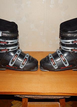 Гірськолижні черевики