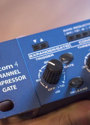 Samson s-com 4 4-channel compressor/gate