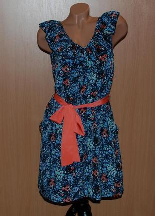 Платье от vila clothes, в цветочный принт, с  боковыми карманами.