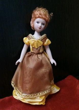 Кукла Матильда Де Ля Моль.