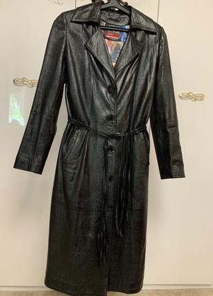 Кожаный плащ пальто кожа италия размер 38-м