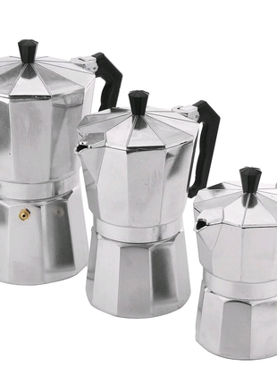 Кофеварка гейзерная. А-плюс. 3 чашки.