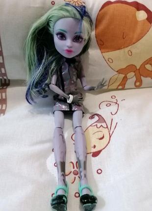Лялька монстр хай