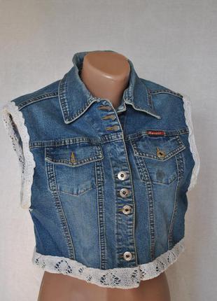 Интересная жилетка джинс для пышных форм