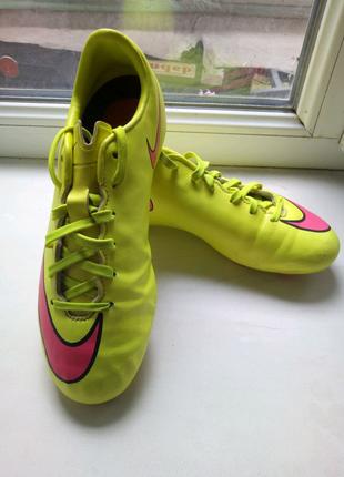 Бутсы для футбола Nike 35.5