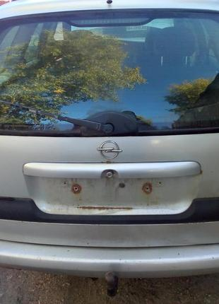 Крышка багажника Опель Ветра Б