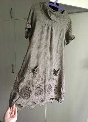 Милое платье в клетку в деревенском стиле
