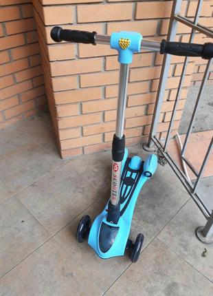 Детский самокат с турбиной, Bluetooth( 3 цвета)