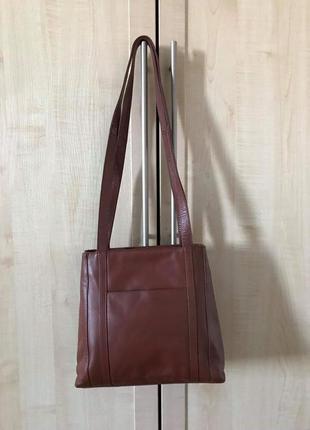 Удобная кожаная сумка и ключница
