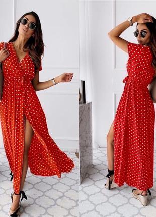 Длинное платье в горошек цвет красный