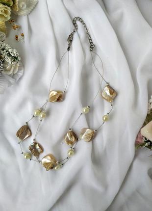 Ожерелье с перламутровым камнем и жемчугом