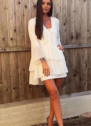 Белая длинная блуза рубашка туника стрейч со слоями рюшами пли...
