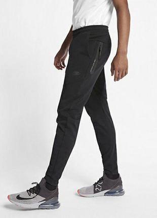 Спортивки nike tech fleece спортивные штаны adidas zne