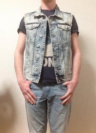 Мужская джинсовая жилетка clockhouse