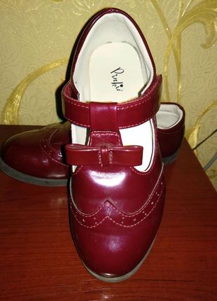 Туфли на девочку 20см
