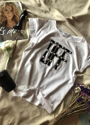 Белая футболка от zara с жемчуженками