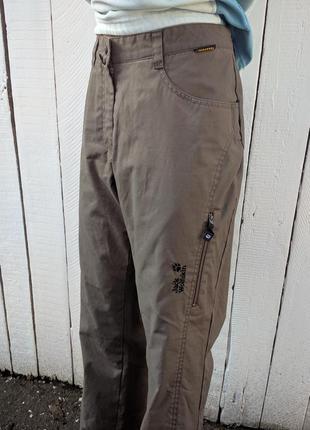 Спортивные брюки от ветра и дождя jack wolfskin
