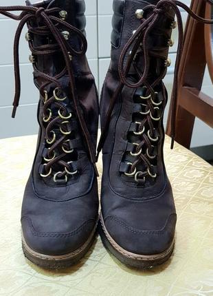 Демисезонные ботинки на танкетке нубук люкс бренд vivien lee