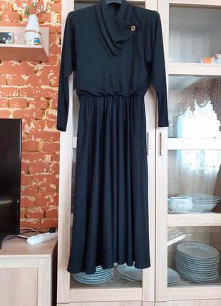 Красивое добротное с карманами платье большого размера сша