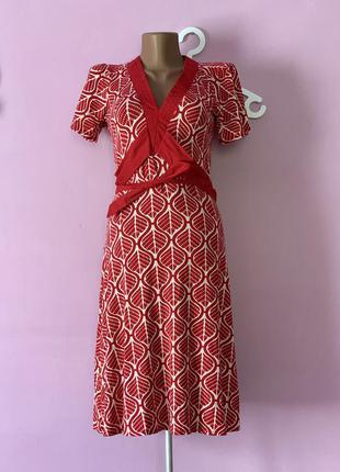 Платье в ретро стиле винтажное красное с листиками