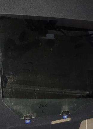 Стекло двери заднее левое Nissan Leaf 13-17
