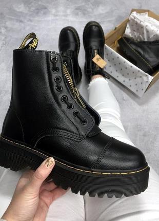 Зимние женские ботинки dr.martens