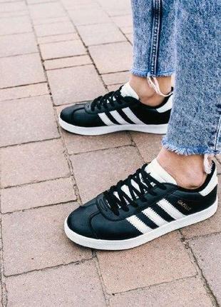Кроссовки adidas gazelle ( aдидас газель ) кеды черные с белой...