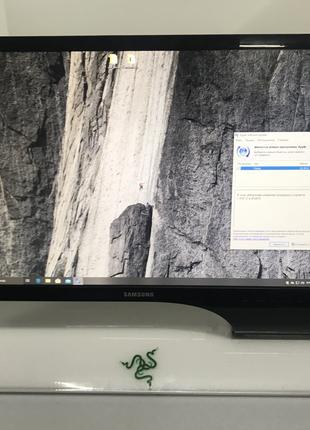 """Дизайнерский монитор 24"""" Samsung S24B750 черно-белое совершенство"""