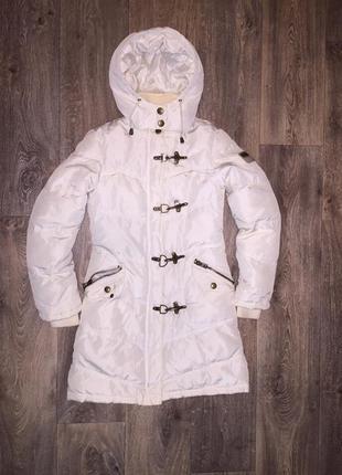 Зимнее пальто зимняя куртка на флисе с металлической фурнитурой