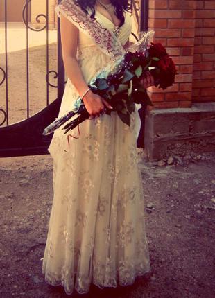 Платье (свадебное,выпускное,вечернее)ручная работа