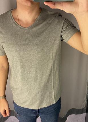 Базовая оливковая футболка smog есть размеры