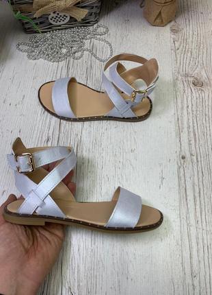 Кожаные босоножки сандалии гладиаторы с перекрещенными ремешками