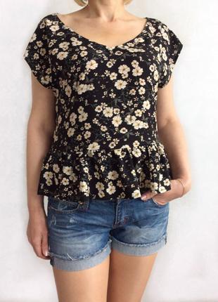 Летняя блуза с баской . размеры 42-52