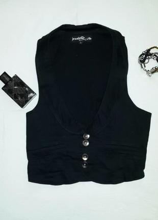 Стильный черный жилет jennyfer