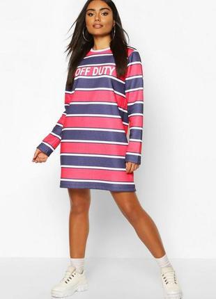 Boohoo. товар куплен в англии. платье в полоску с надписью.