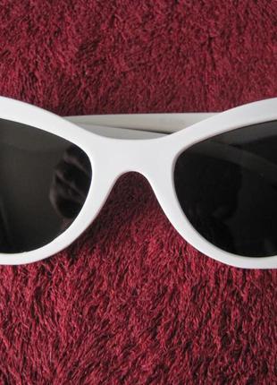 16 ультрамодные солнцезащитные очки