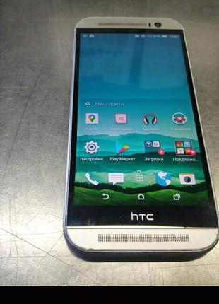 Отличный вариант для игр и звонков смартфон HTC one M8 2/16gb