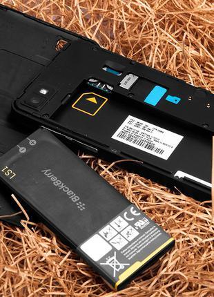 Акумулятор LS1 для Blackberry Z10, (Li-ion 3.8V 1800mAh)