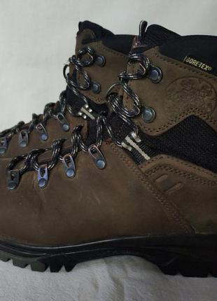 Треккинговые ботинки mammut gore-tex. 39