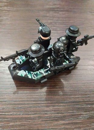 Лего маленькая лодка