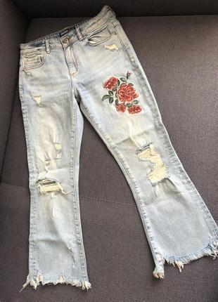 Широкие джинсы zara