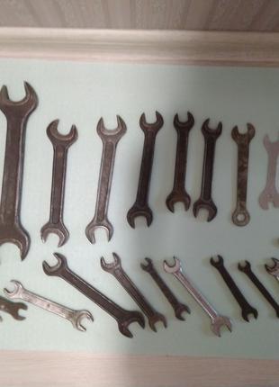 Рожковый ключ. велосипедный ключ