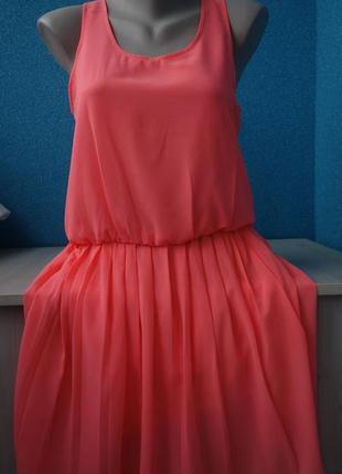 Стильное яркое неоновое женское платье